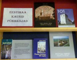 """Raamatunäitus """"Eestimaa kaunid pühakojad"""""""