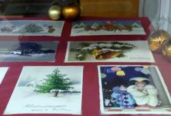 """Väljapanek """"Soovime Teile kõike hääd!"""". Vanad jõulukaardid (möödunud sajandi esimesest poolest) Harri Allandi erakogust."""