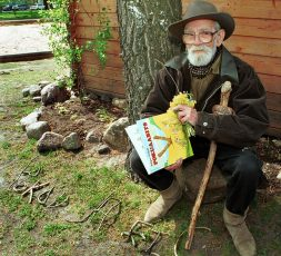 (Eesti) Mõni inimene ise ongi nagu muinasjutt. Edgar Valter 90