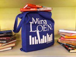 """Näitus """"Raamat kotti!"""""""