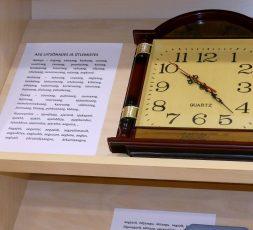 """(Eesti) Sõna """"aeg"""" eestlase keeles ja meeles"""