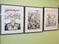 Saksi raamatukogus Tapa kunstikooli laste looming